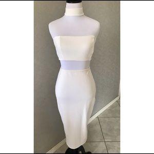NWT Boohoo choker white textured midi dress